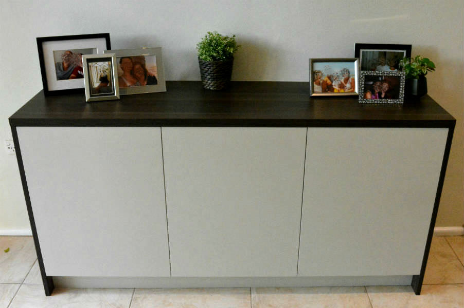 A small sideboard for a customer in St Ives. To match the kitchen, they had just installed. The doors where colour match to the wall of the house and gives storage for plates and cutlery the dining room. custom made joinery and cabinet making.